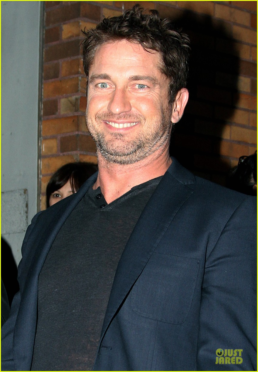 gerard butler olympus has fallen release date pushed up 02
