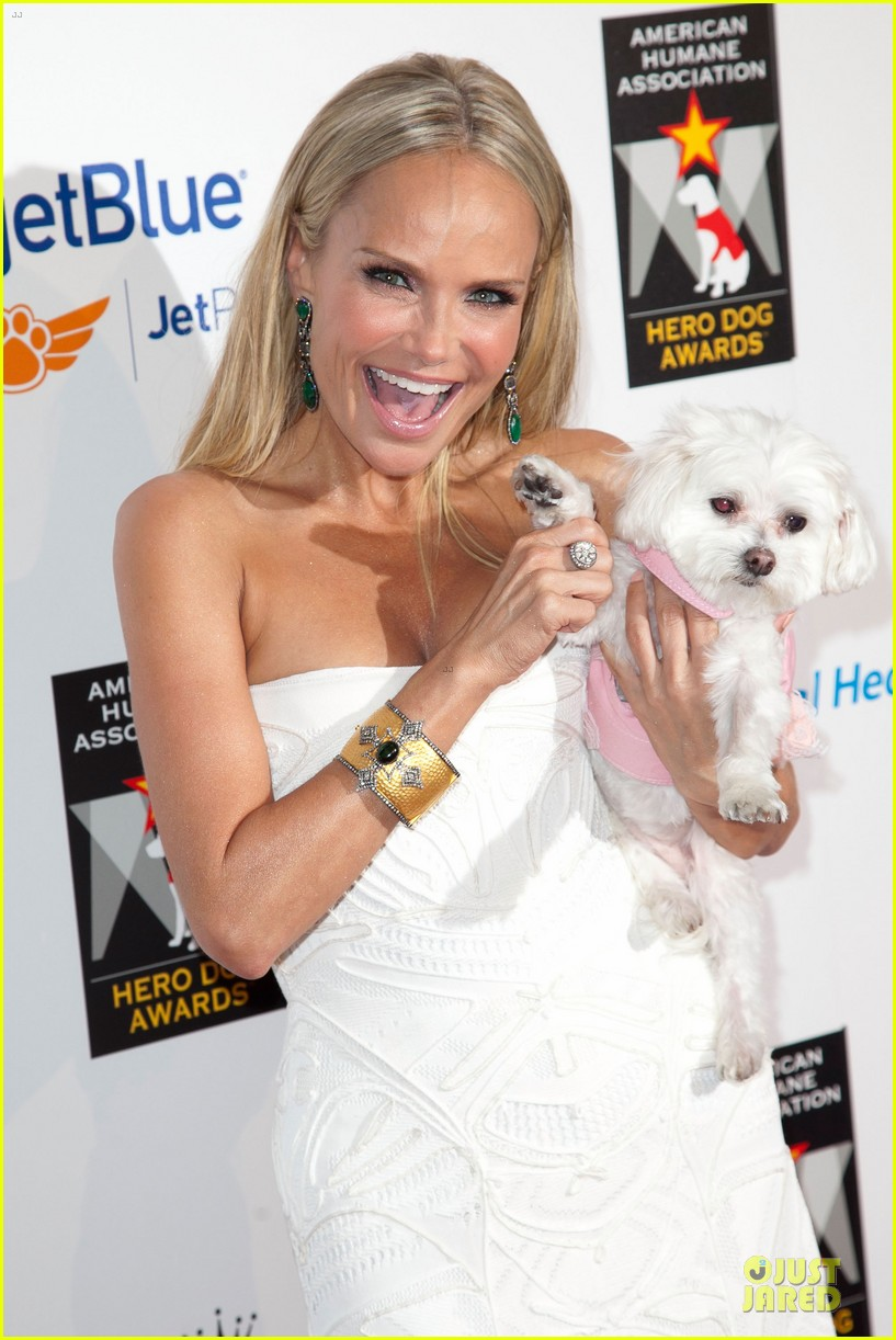 kristin chenoweth dog awards 04