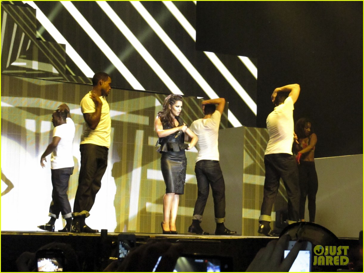cheryl cole a million lights arena tour opening night 06