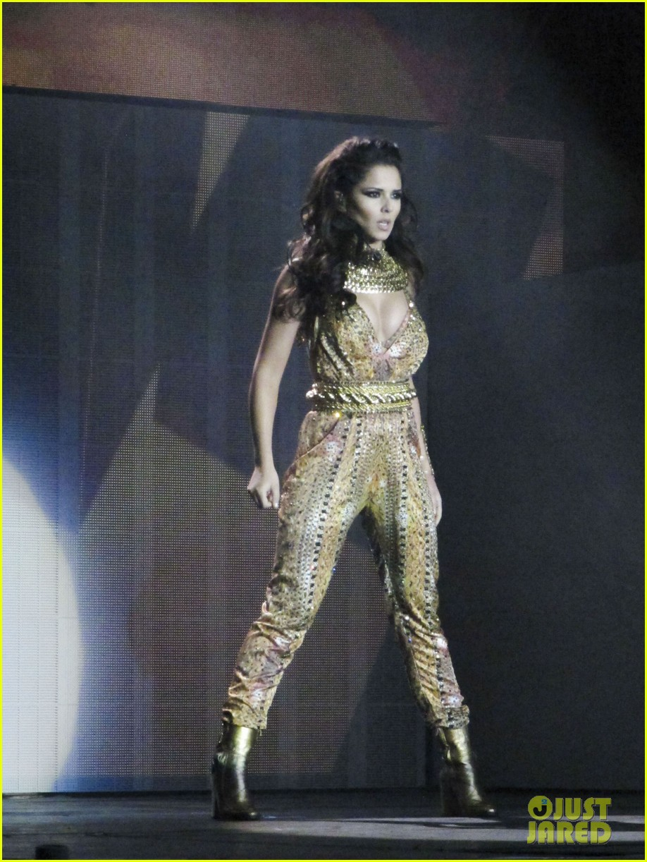 cheryl cole a million lights arena tour opening night 10