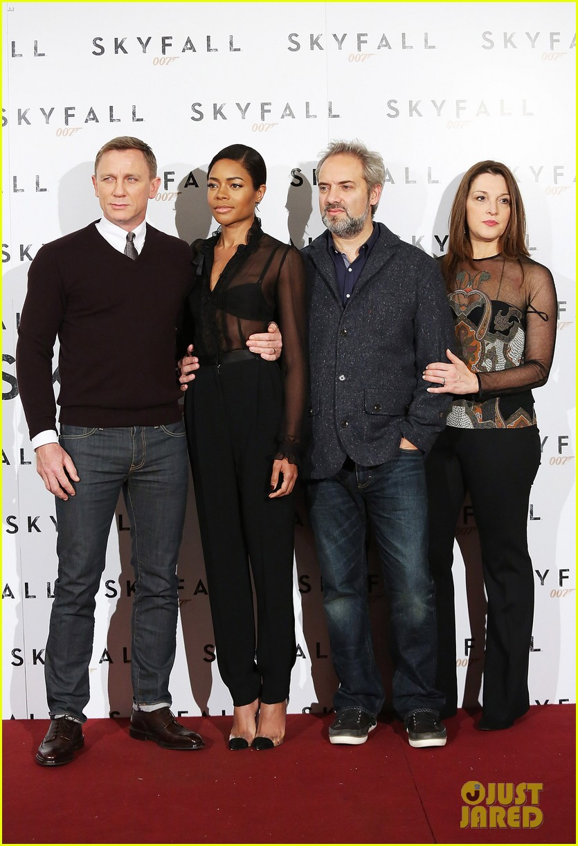 daniel craig names choice for next bond star 022745535