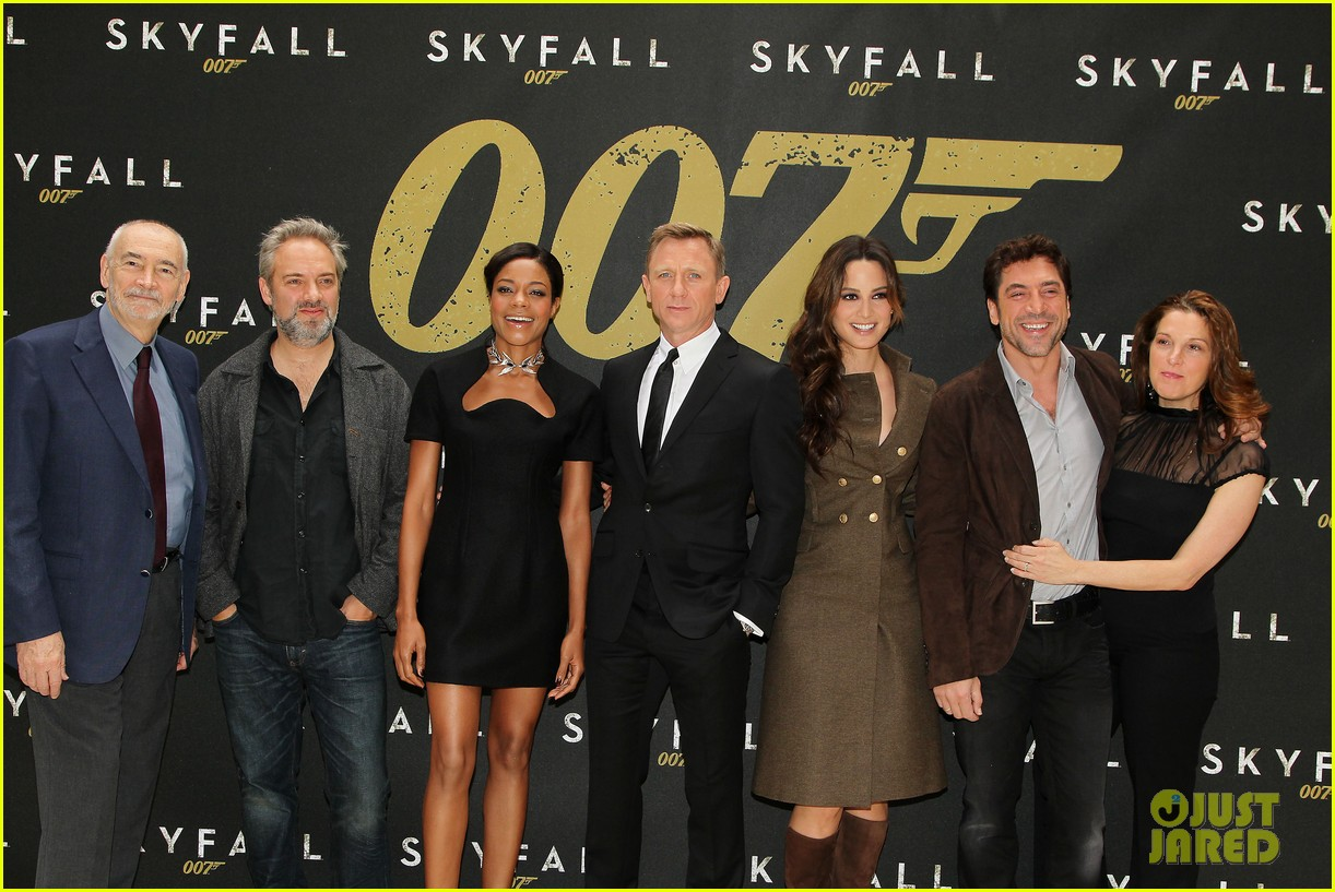 daniel craig skyfall photo call 10