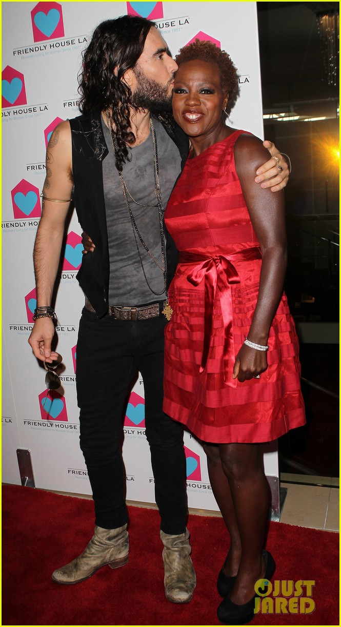 viola davis friendly house awards luncheon gala with russell brand 012746846