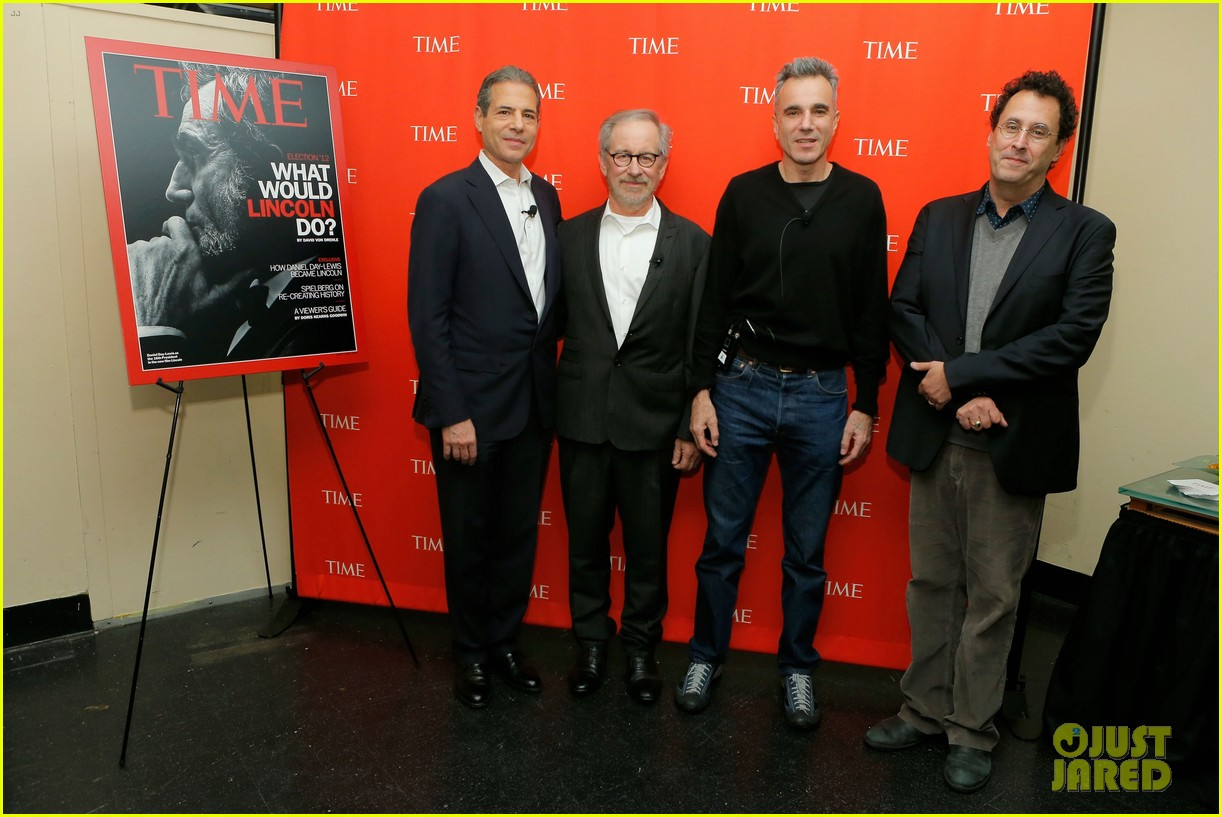 daniel day lewis steven spielberg lincoln screening 012745390