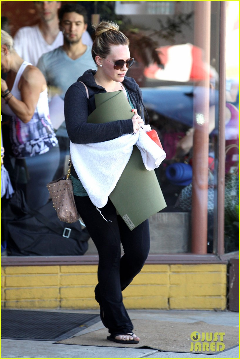 hilary duff mike comrie luca food shopping 05
