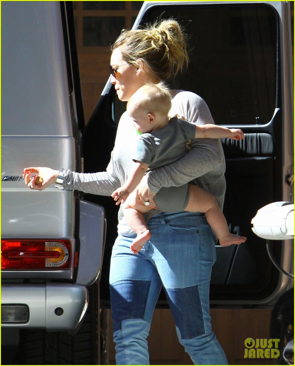 hilary duff mike comrie luca food shopping 152747028