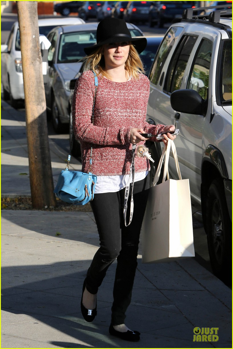 emma roberts promotes earth day 4 22 27