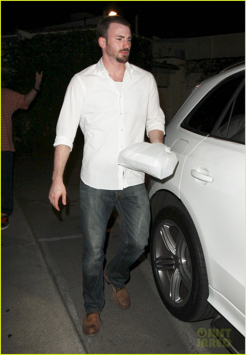 minka kelly chris evans casa vega dinner 042738582