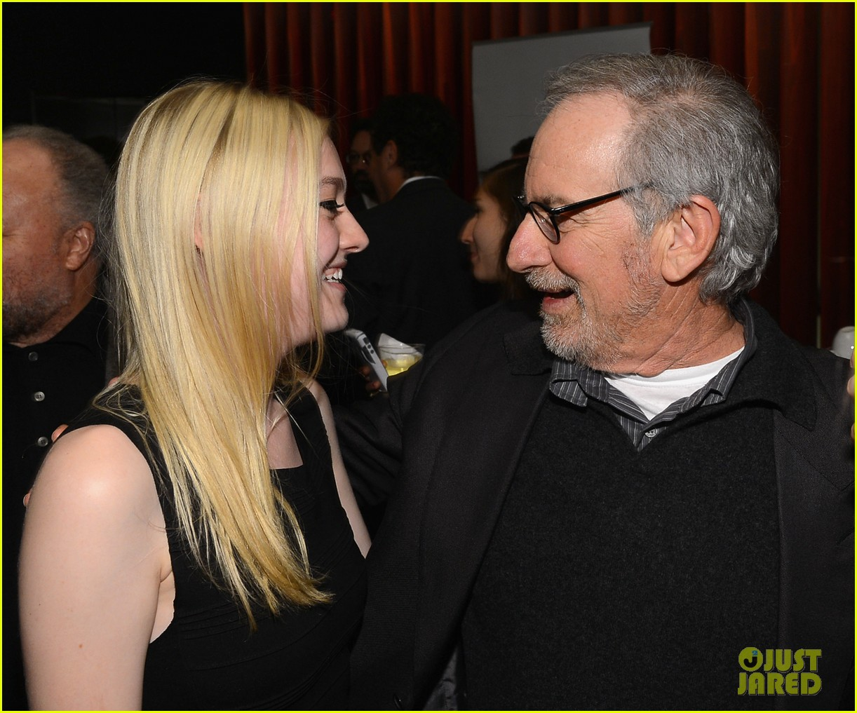 dakota fanning steven spielberg lincoln nyff screening 052735428