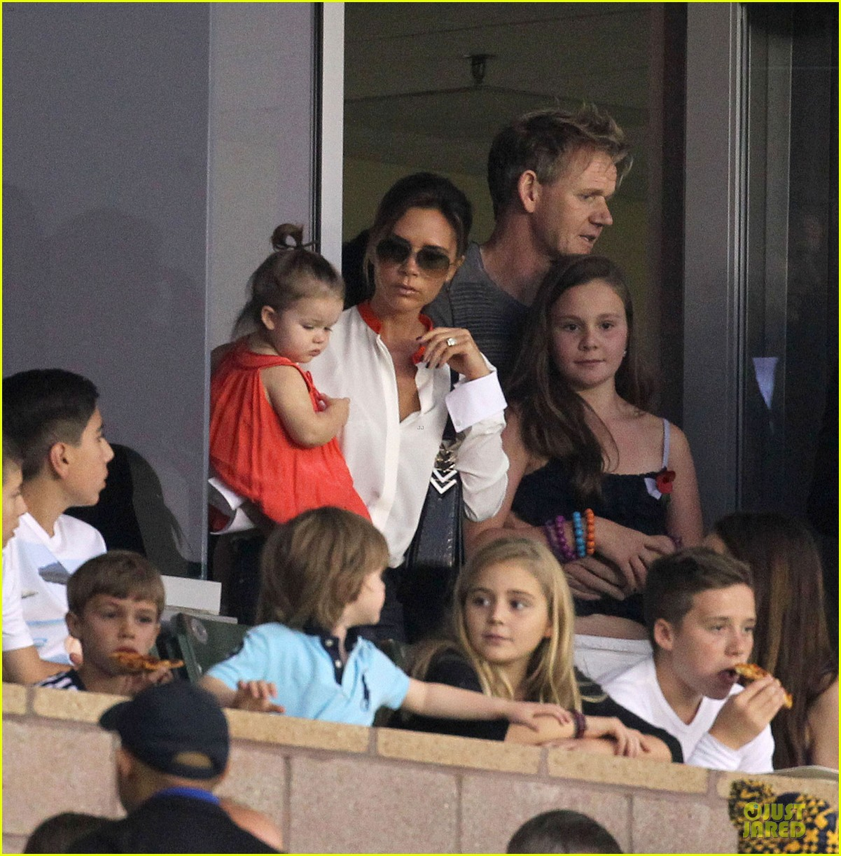 victoria beckham david beckham galaxy defeats seatlle sounders 042747408