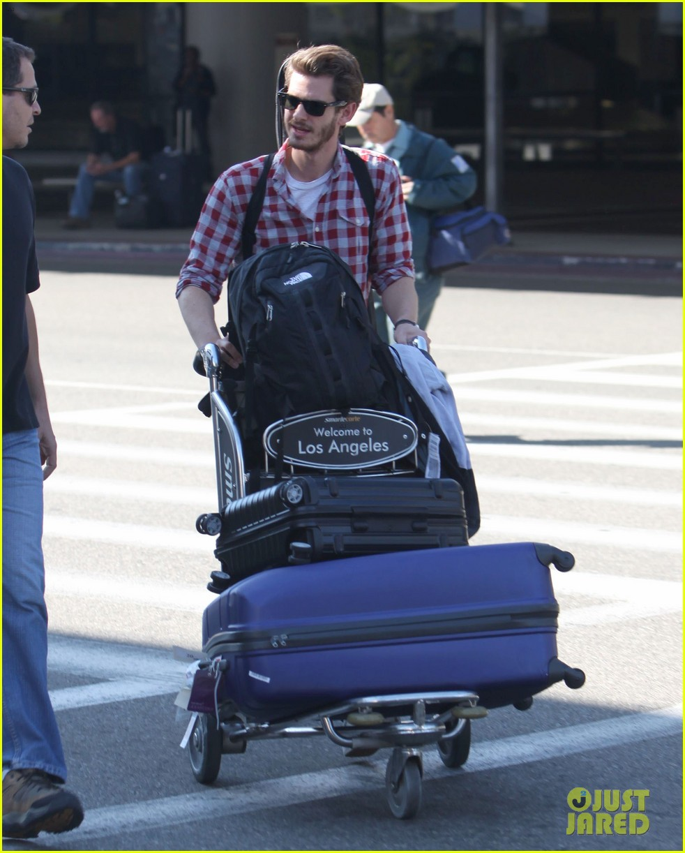 andrew garfield from london to lax 092731639