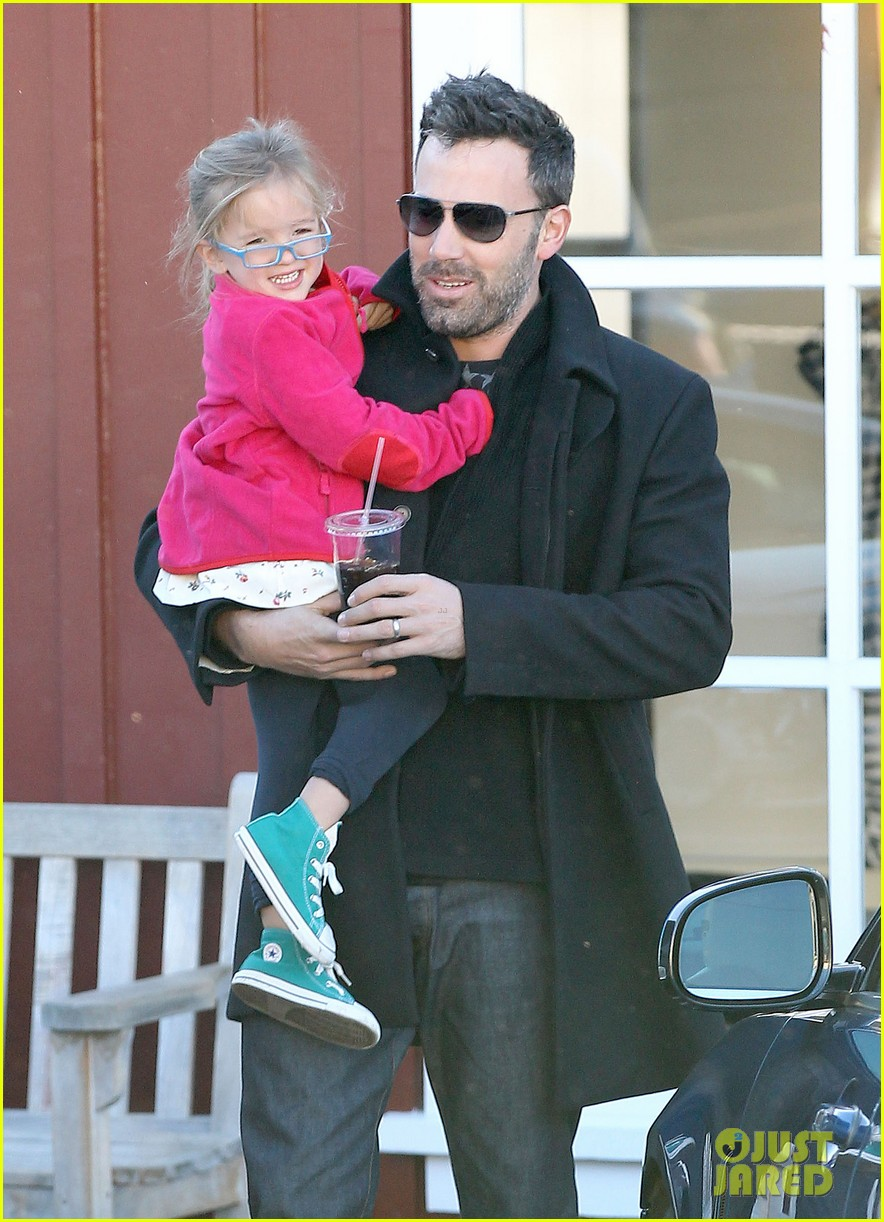 jennifer garner ben affleck brentwood breakfast with seraphina 122744863
