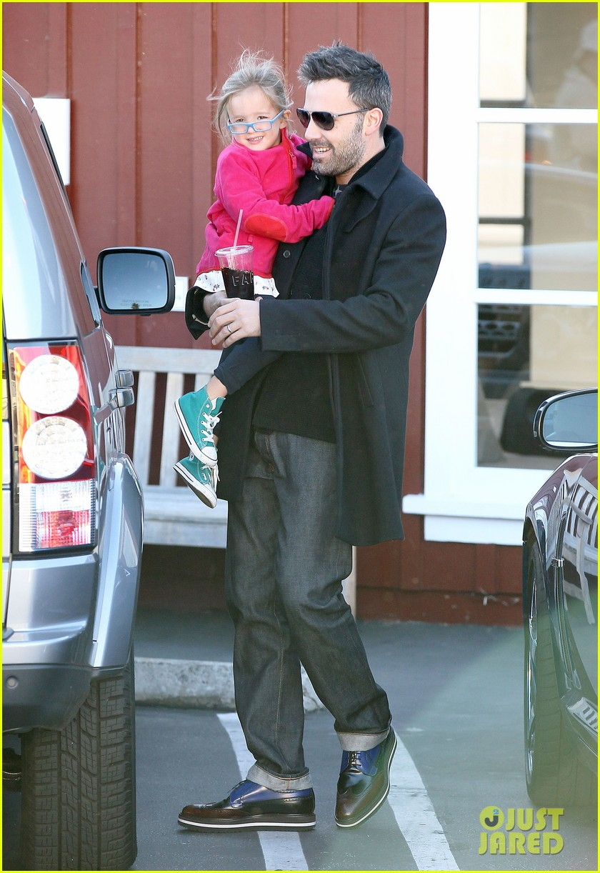 jennifer garner ben affleck brentwood breakfast with seraphina 142744865
