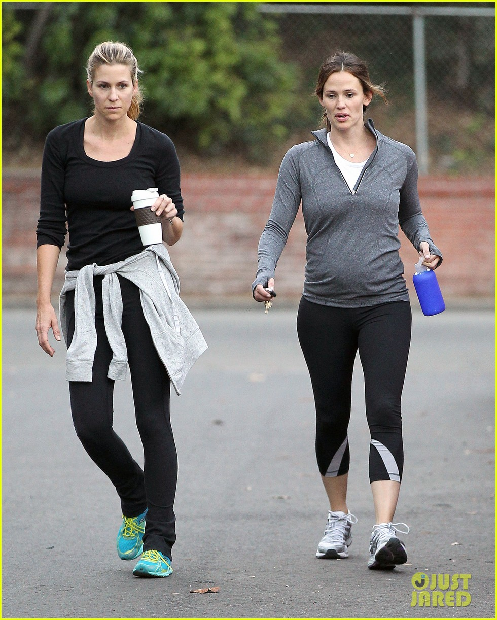 jennifer garner ben affleck brentwood breakfast with seraphina 16