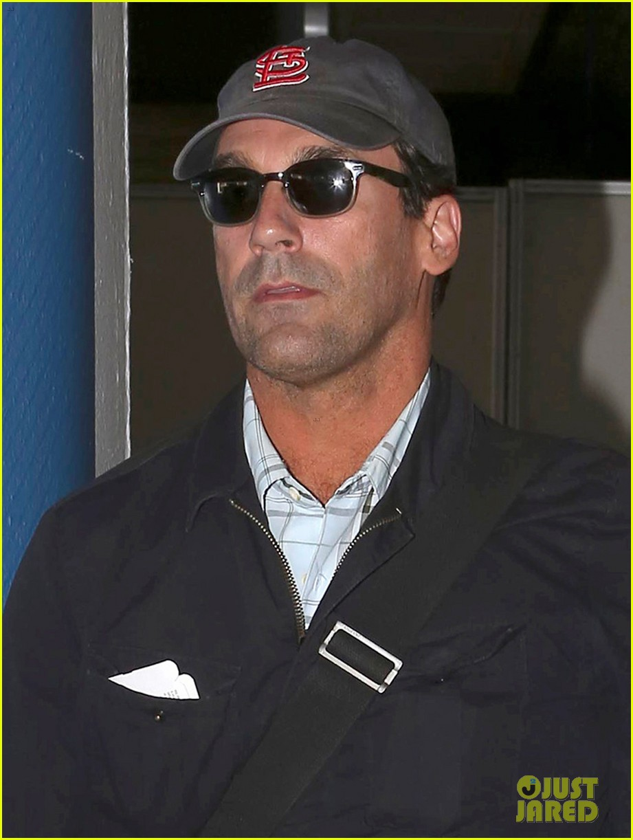 jon hamm back from hawaii 062746906