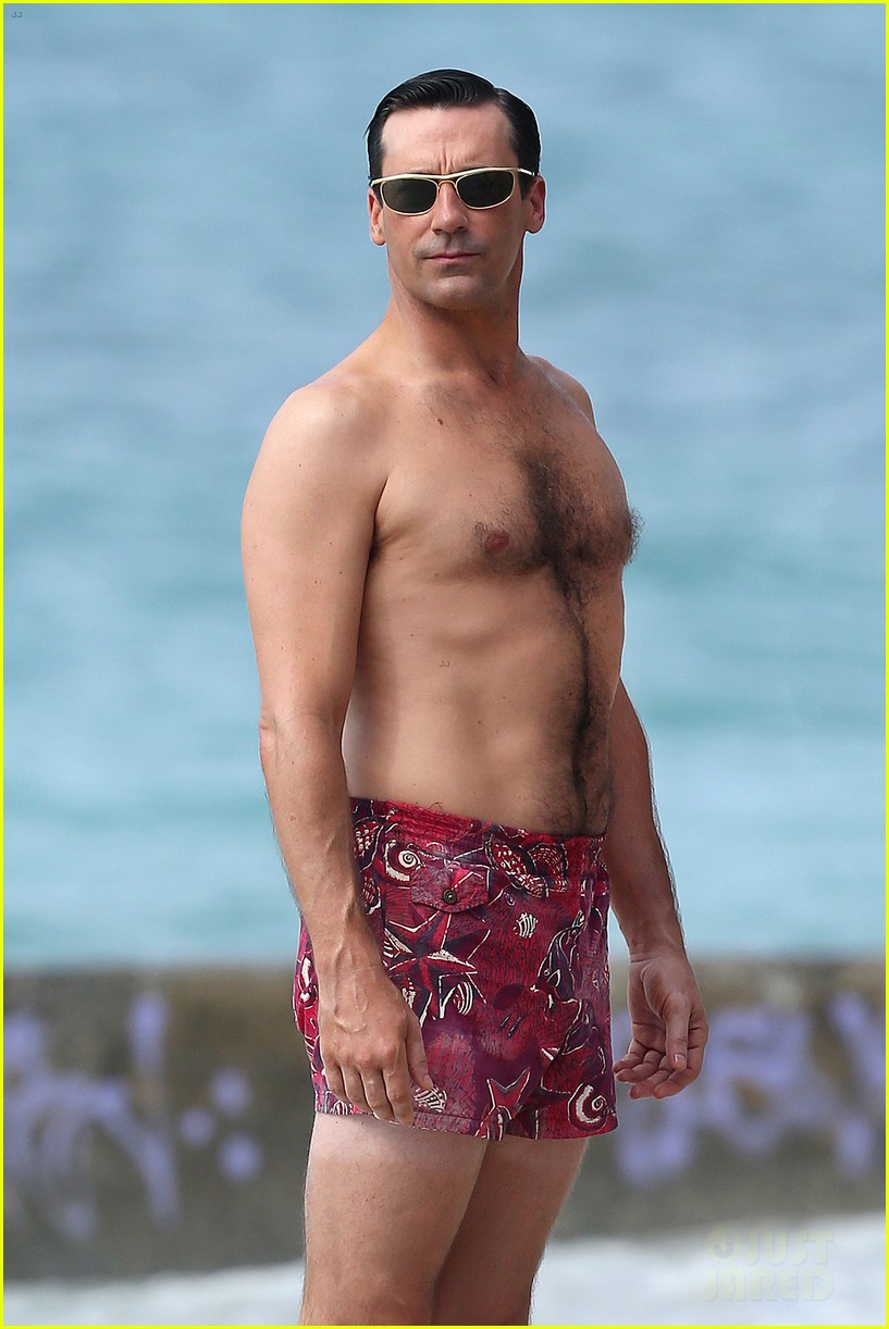 jon hamm shirtless mad men beach scenes in hawaii 042744467