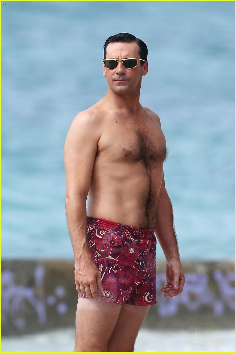 jon hamm shirtless mad men beach scenes in hawaii 11