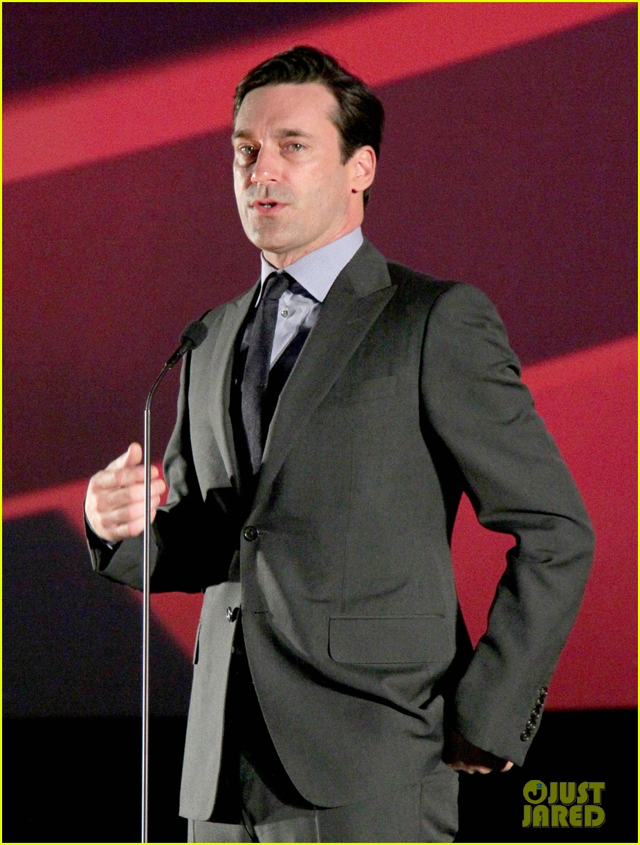 jon hamm 2012 key art awards presenter 10