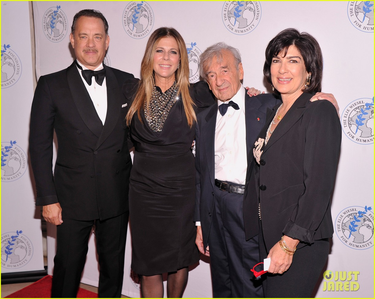 tom hanks arts for humanity gala with elie wiesel 06