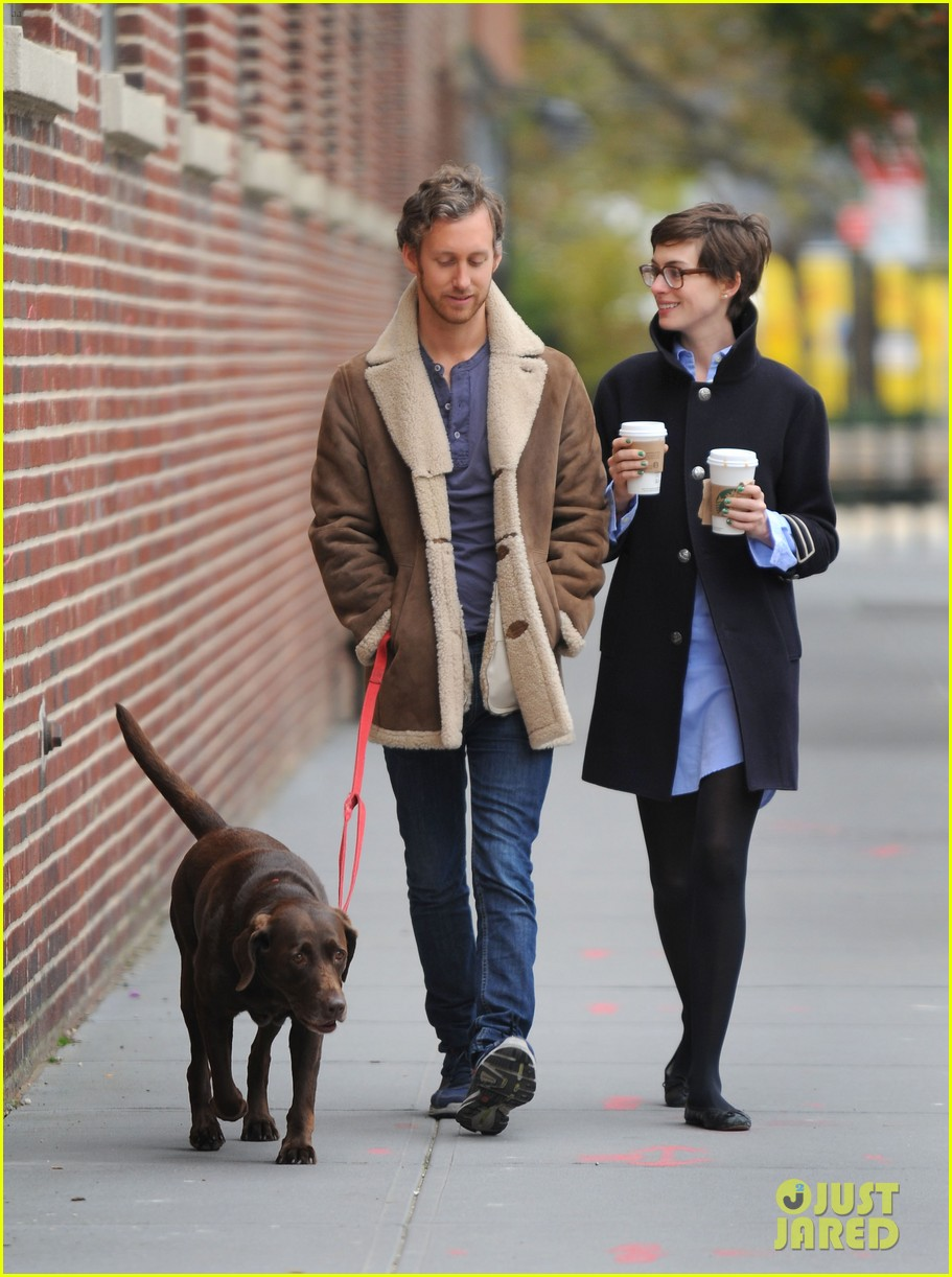 anne hathaway adam shulman coffee dog walk 182745075