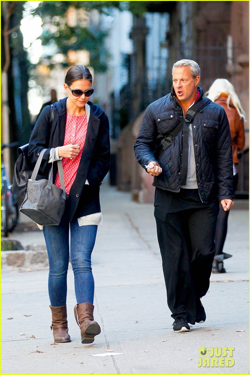 katie holmes early morning stroll with guy pal 052736520