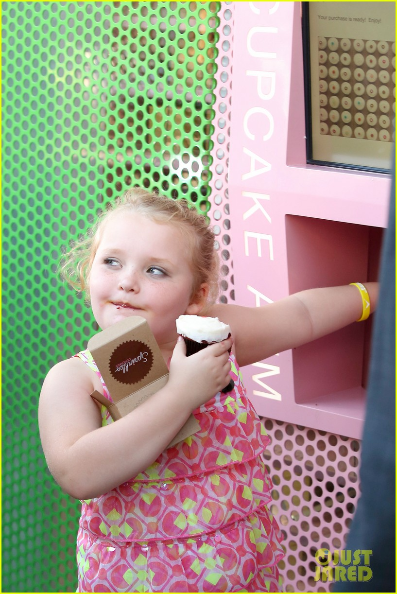 honey boo boo hits cupcake atm 052739748