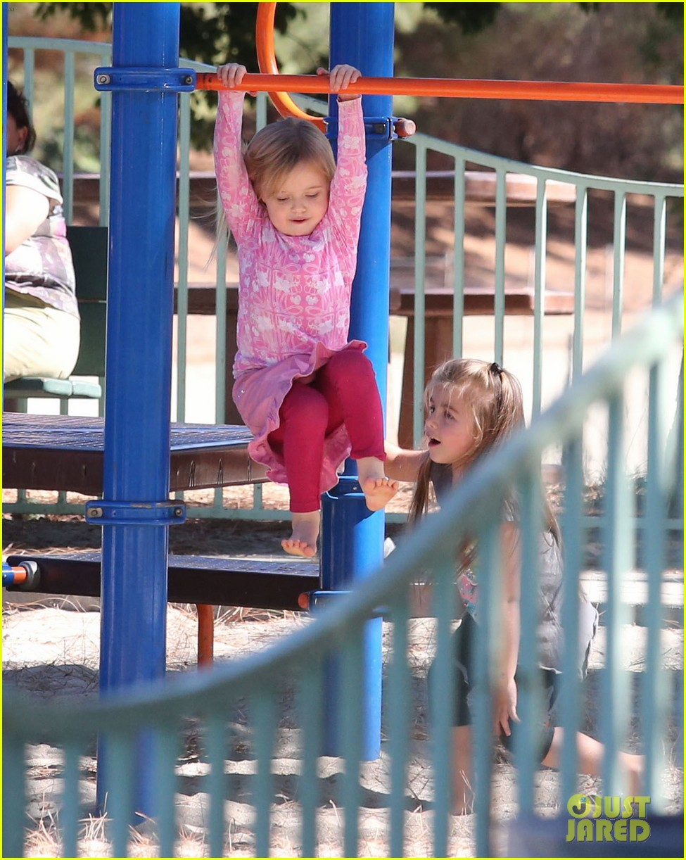 angelina jolie park playtime with knox vivienne 10