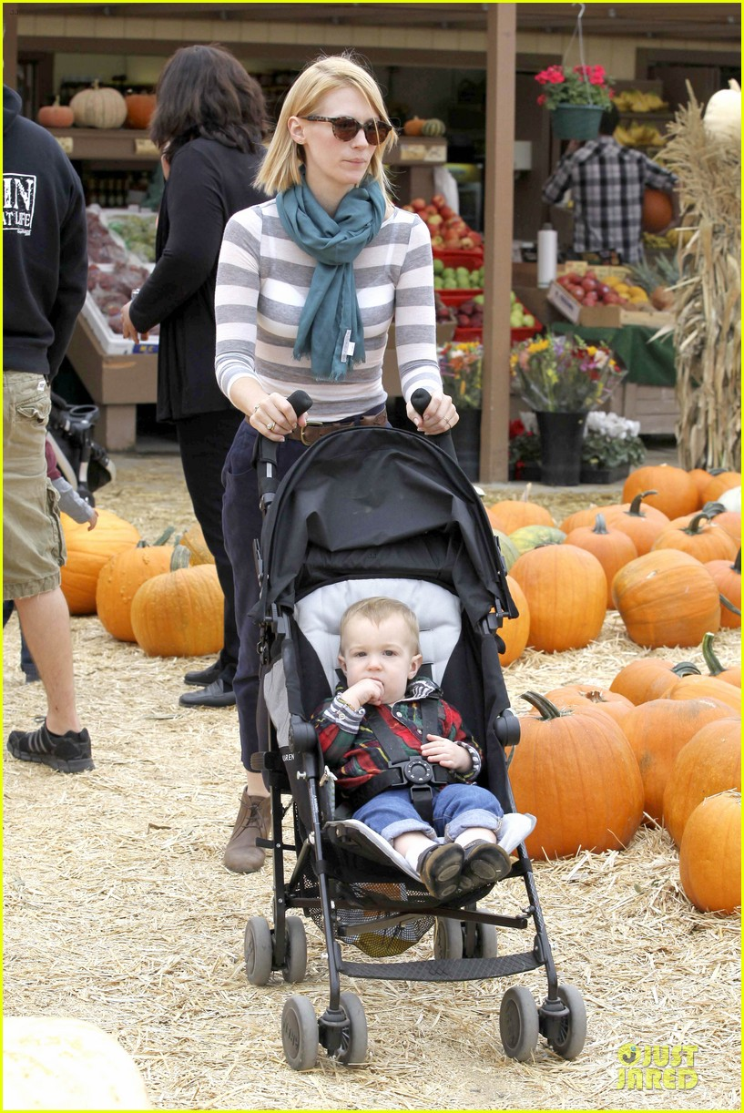 january jones pumpkin patch with xander 032742207