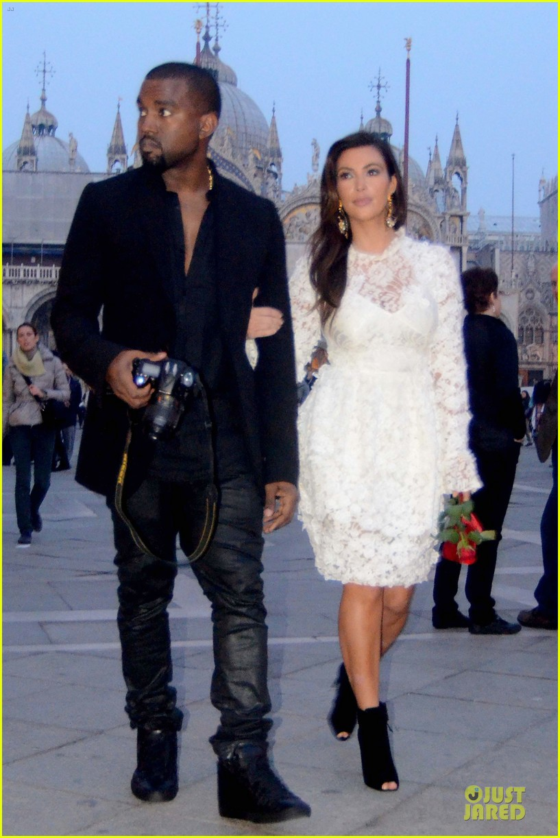 kanye west kim kardashian birthday dinner in venice 08