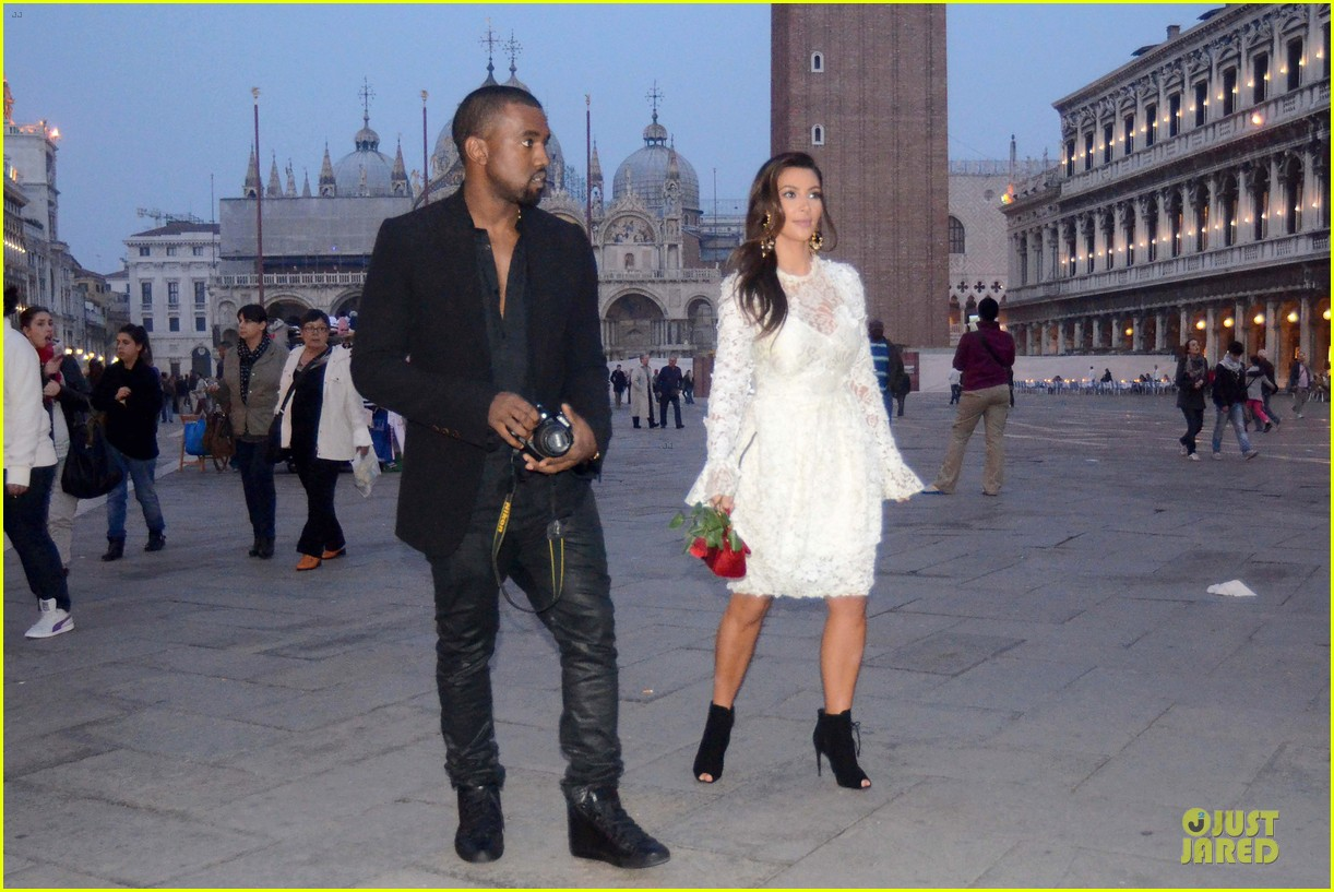 kanye west kim kardashian birthday dinner in venice 11