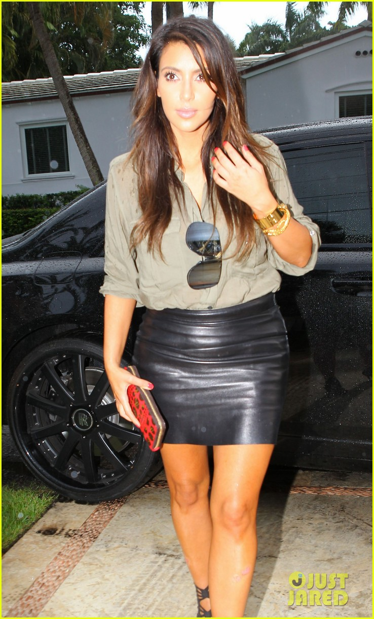 kim kardashian kanye west house hunting in miami 04