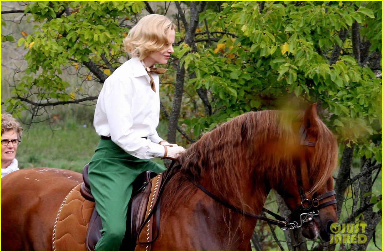 nicole kidman horseback riding for grace kelly 162737093