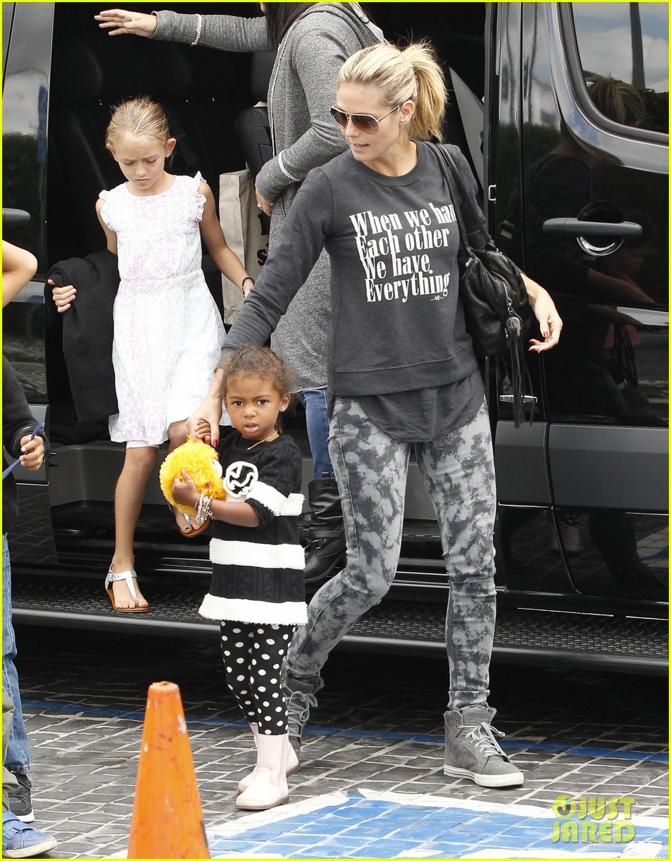 heidi klum sunday fun with  the kids 17