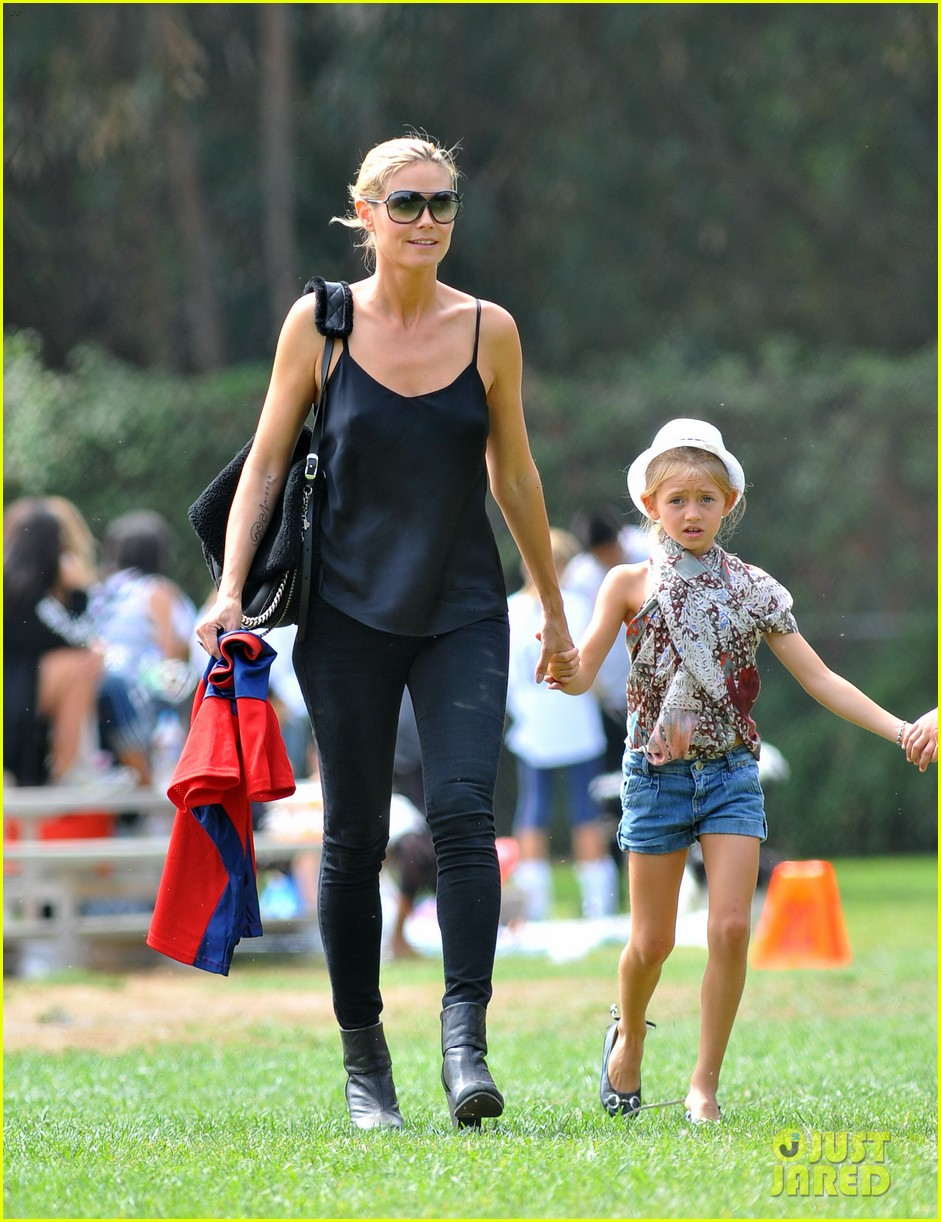 heidi klum martin kirsten pumpkin patch with the kids 12