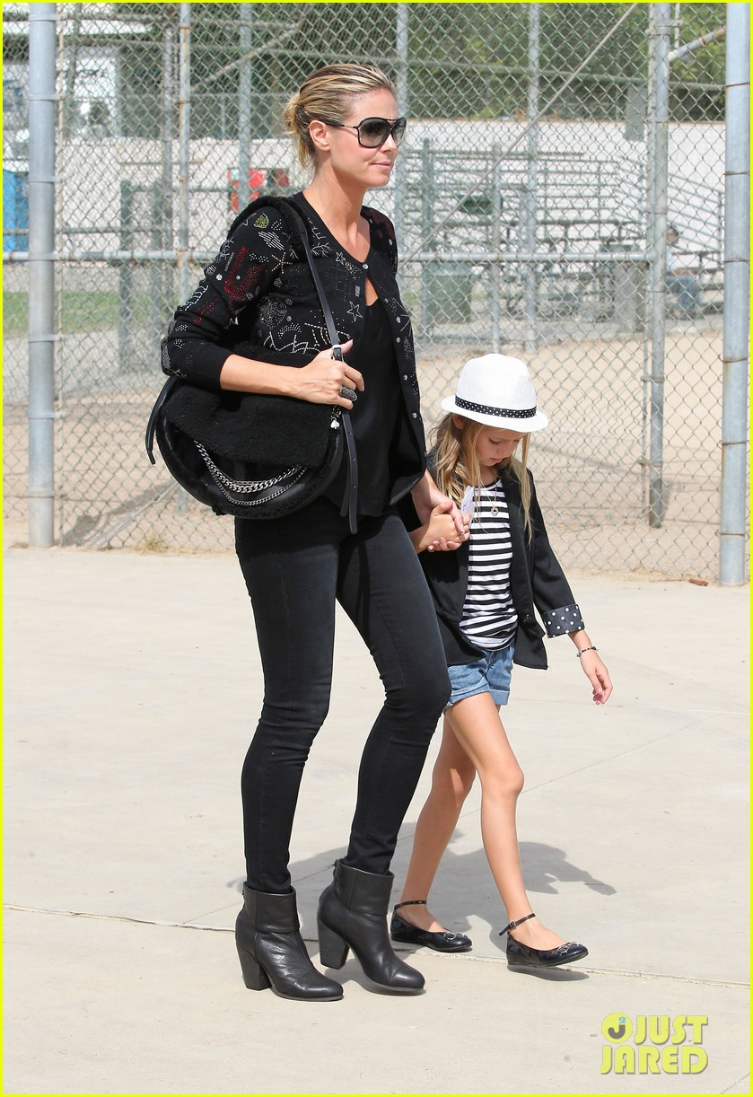 heidi klum martin kirsten pumpkin patch with the kids 25