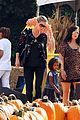 heidi klum martin kirsten pumpkin patch with the kids 16