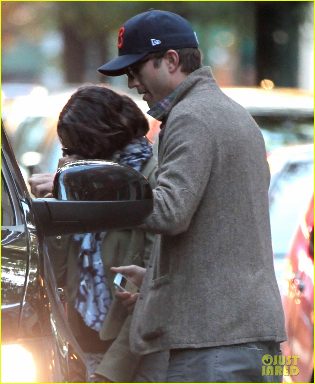 mila kunis ashton kutcher low profile in the big apple 032736276