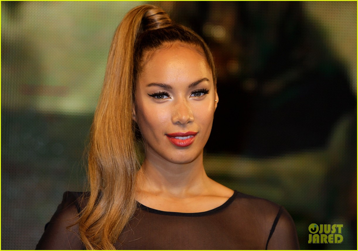 leona lewis album signing 01