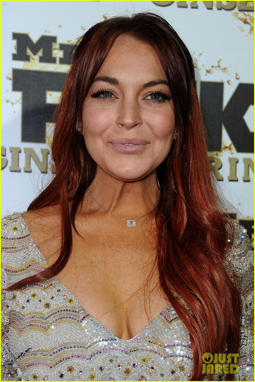 lindsay lohan promotes mr pink amidst family drama 02
