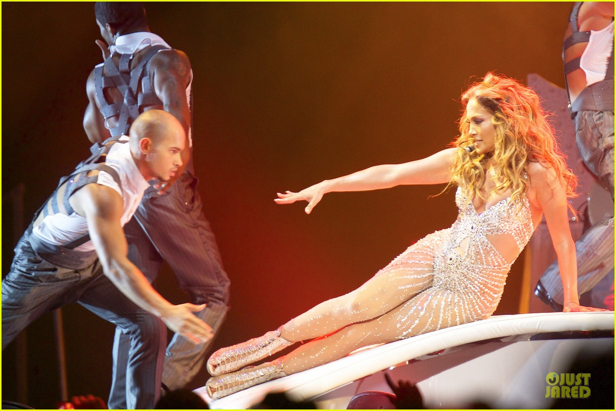 jennifer lopez madrid dance again concert 04