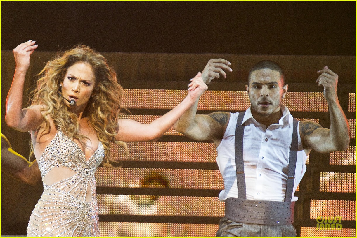 jennifer lopez madrid dance again concert 15
