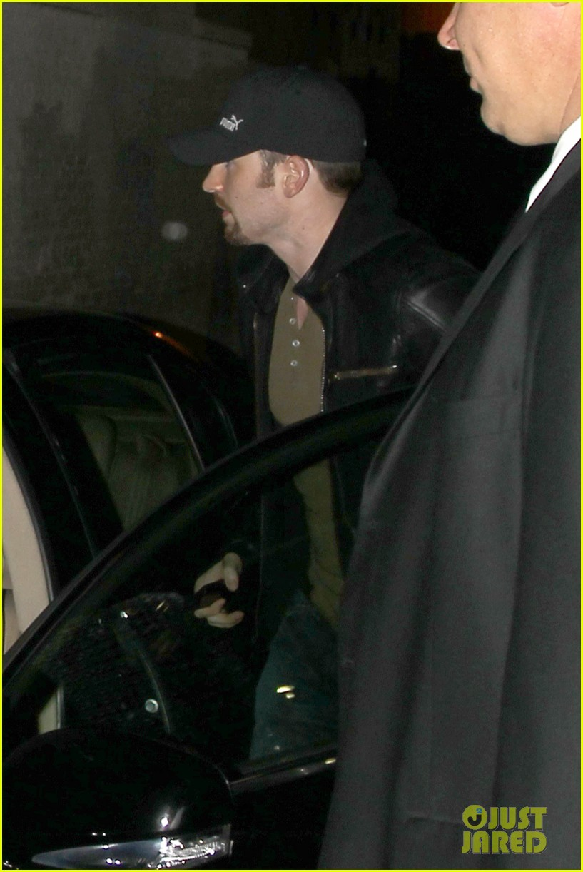 minka kelly chris evans sayers club couple 032745653