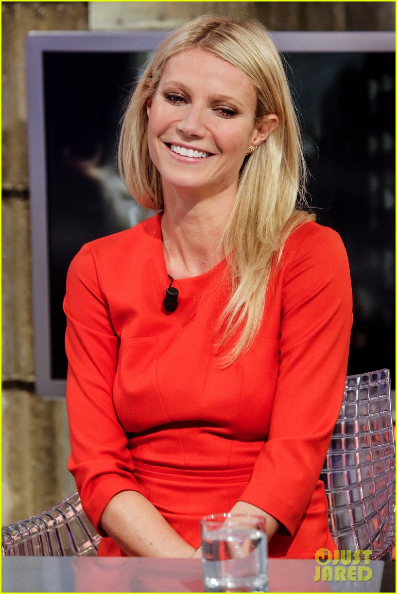 gwyneth paltrow boss fragrance launch madrid 04