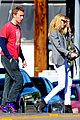 gwyneth paltrow chris martin toys r us with the kids 09