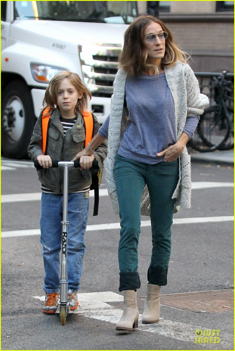 sarah jessica parker school walk with james marion tabitha 16