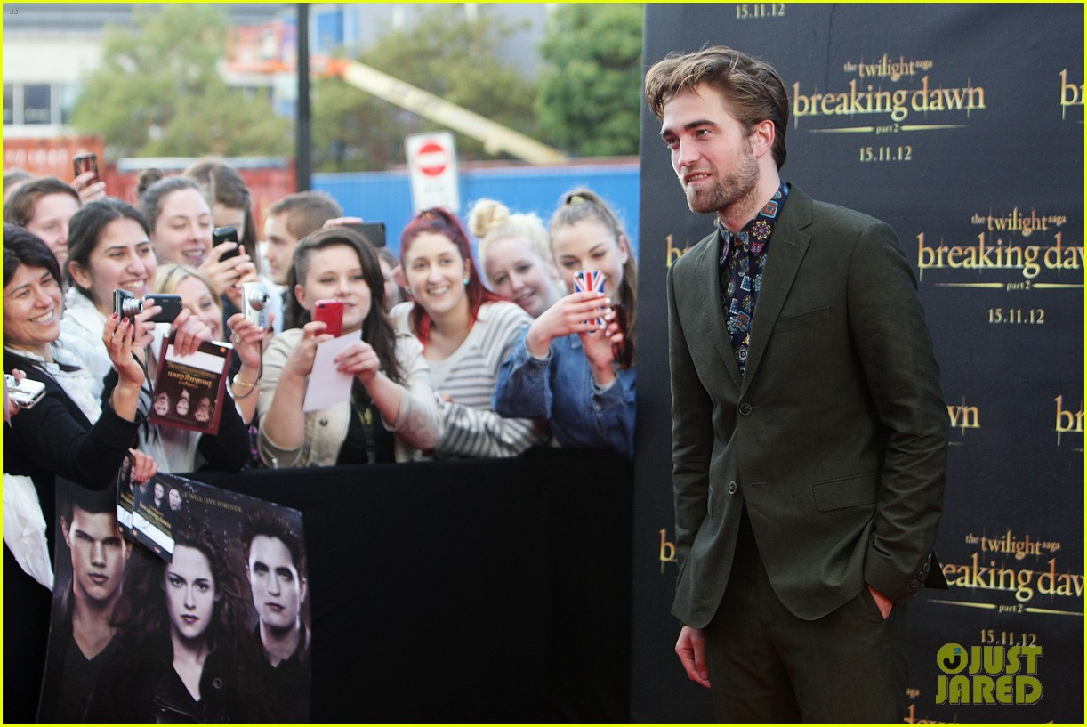 robert pattinson twilight saga breaking dawn part 2 fan event in sydney 092742519
