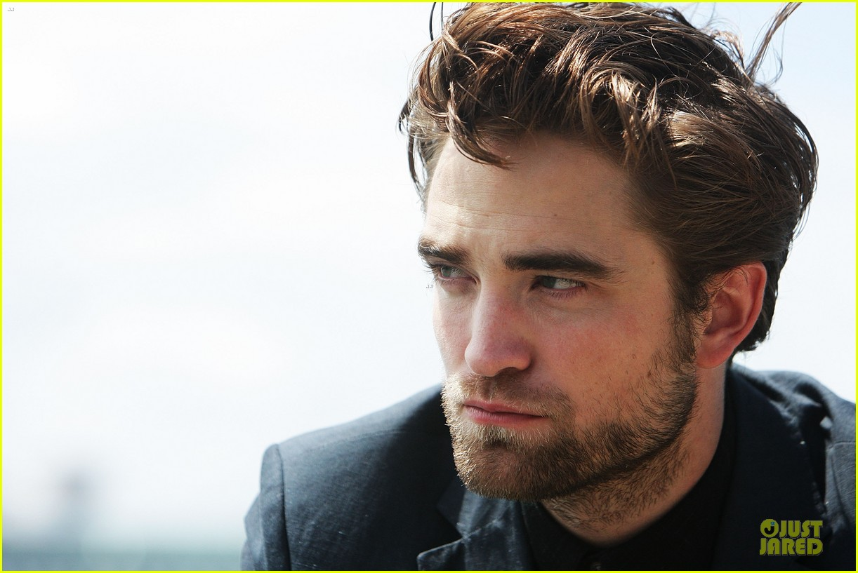 robert pattinson twilight breaking dawn part two photo call in australia 08