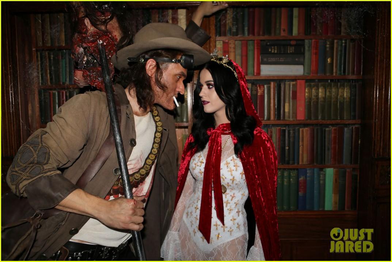 katy perry vampire birthday bash with john mayer 22