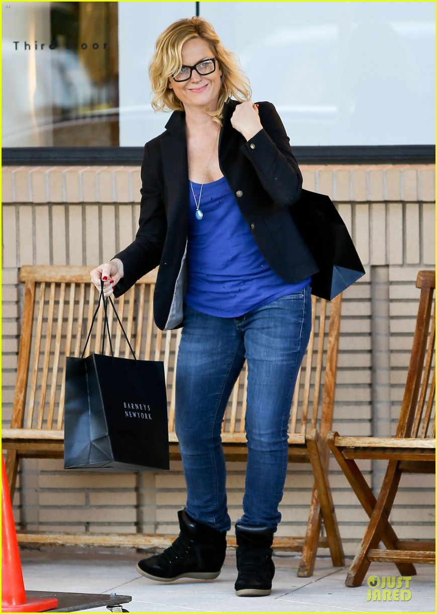 amy poehler barneys shopping spree 01