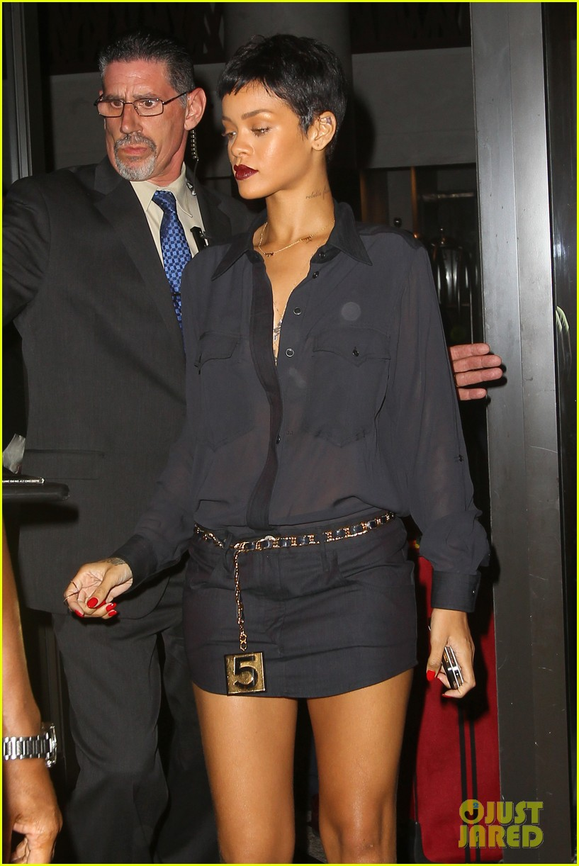 rihanna chris brown gansevoort hotel departure 032732680